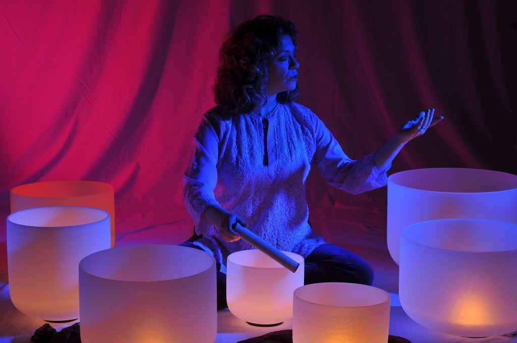 sound healer niobe crystal singing bowl