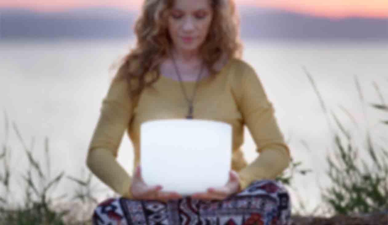 sound healer niobe weaver